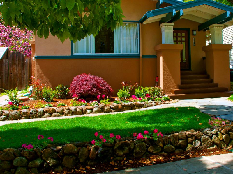 Everybody wants to have a well-landscaped yard when they build or buy a new home